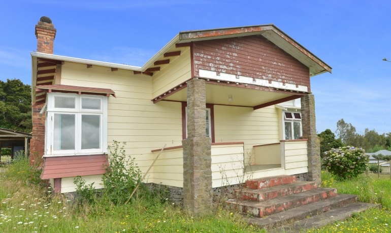 Solid 3 Bedroom Bungalow