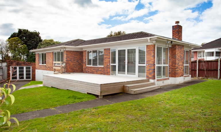 Pakuranga Road  – Reclad with your choice …  Lovely home to move on and live in