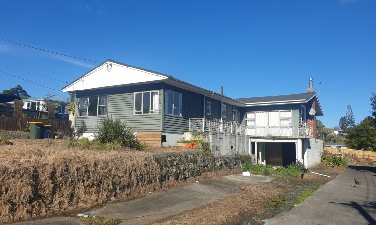 ROUTLEY Ave- Relocatable House.  5 Bedrooms…How about this!